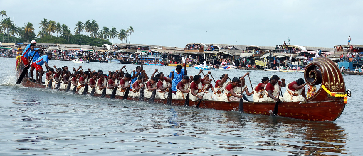 Watch the vibrancy of snake boat races