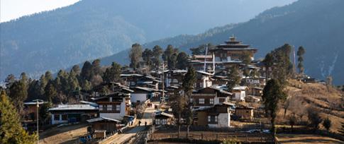 Thimphu - Gangtey (4 hrs drive)