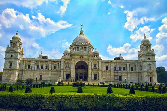 The Boisterous Beauty of Kolkata