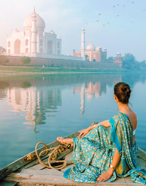 Delhi - Agra (4 hrs drive)